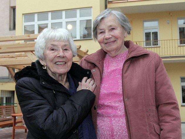 Praha 2 zrekonsruovala dva domy v Máchově ulici s pečovatelskou službou za téměř 30 milionu korun. Účelně upravené byty budou sloužit osamělým seniorům se sníženou soběstačností a potřebnou péči.