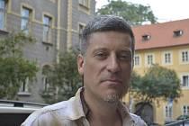 Spisovatel Jorge Zúňiga Pavlov.