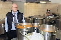 V nejednom podniku vybudovali moderní závodní kuchyně za miliony korun. Dnes není jisté, zda se tato investice neukáže jako prodělečná.