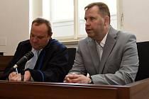 Karel Kadlec u odvolacího senátu Městského soudu v Praze