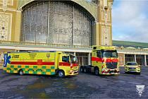Pražští záchranáři rozšířili svůj vozový park o nový tahač pro kamion Golem a druhý vůz typu Atego. V plánu je nákup sanitky pro infekční pacienty.