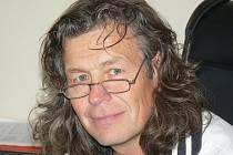 Miloslav Lerch je přesvědčen, že bez řádného vyučení nelze podlahářskou profesi dělat.