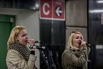 Pátý ročník akce Nalaďte se v metru, který pořádá Dopravní podnik hlavního města Prahy, se uskutečnil ve čtvrtek 28. dubna 2016 v několika vestibulech pražského metra.