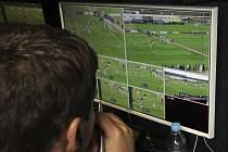 Realizace projektu videorozhodčí při zápase Juniorské ligy Sparta - Slavia na Strahově.