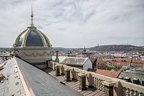 Probíhající rekonstrukce Národního muzea 12. dubna v Praze.