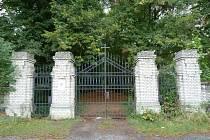 Bohnický hřbitov.