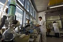 Pracoviště Ústavu organické chemie a biochemie.