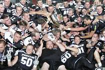 Úřadující mistři.  O obhajobu titulu usilují Prague Black Panthers.