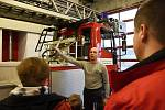 Den otevřených dveří u hasičů v Modřanech.