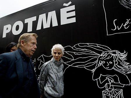 POTMĚ. Už počtvrté. (Na snímku patroni akce Václav Havel a Aneta Langerová.)