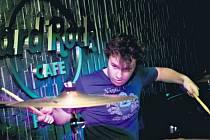 Čtvrtý ročník soutěže Hard Rock Rising vyhrála rocková kapela Never Left Behind.
