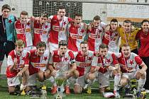 Slávisté se radují po vítězství na Bican cupu 2012.