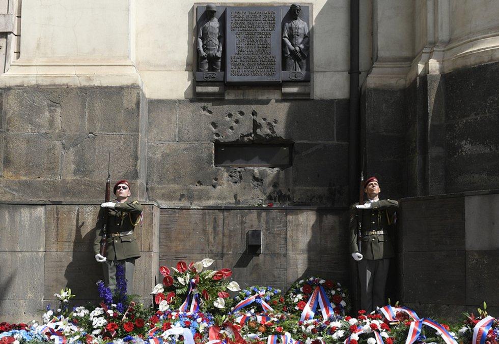 Před chrámem sv. Cyrila a Metoděje v pražské Resslově ulici se 18. června 2019 uskutečnila pietní vzpomínka při příležitosti 77. výročí výročí atentátu na Reinharda Heydricha a smrti československých parašutistů.