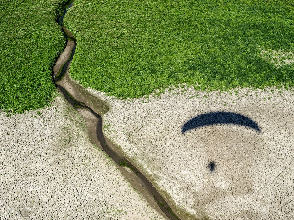 Brdy - Příbram - autoportrét na vypuštěném rybníku