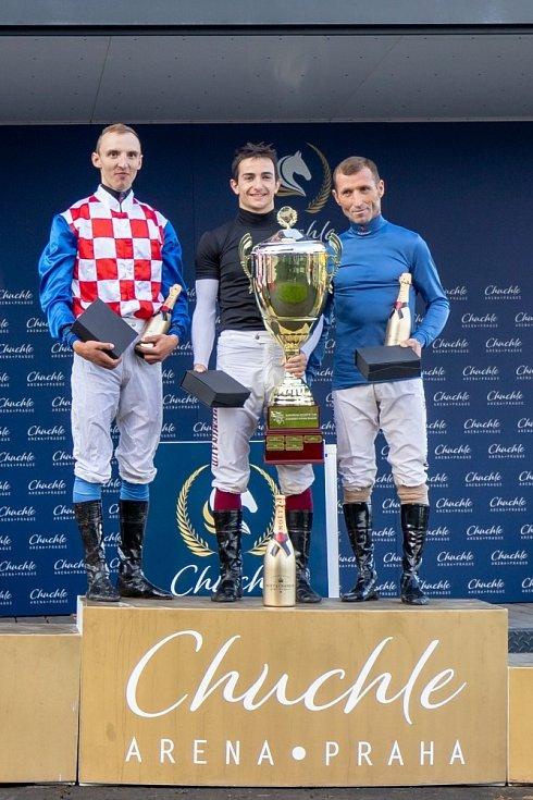 Tři nejlepší (zleva): druhý Adam Florian, vítězný Vincent Cheminaud, třetí Jaroslav Línek.
