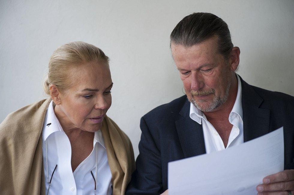 Dagmar Havlová a Evžen Hart.