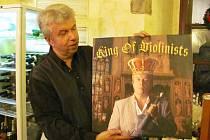 Jaroslav Svěcený oslavil padesátiny.