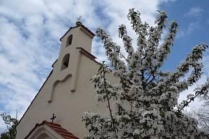 Kaple sv. Jana Křtitele v Holyni.