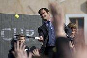 Rogera Federera uvítala v Praze primátorka.