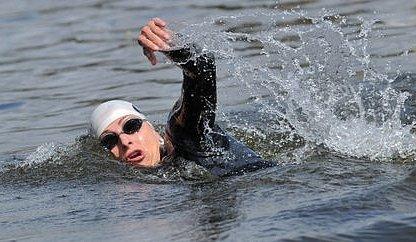 Minulý ročník po proudu strávila Yvetta Hlaváčová ve vodě 30:27 hodiny. Opačným směrem odhaduje svoji pouť na zhruba pětatřicet.