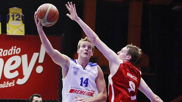 STŘELEC! Jiří Slavík zatížil konto Svitav třinácti body.