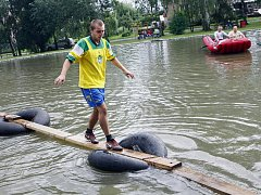 Třebonické letní hry na březích třebonického rybníka