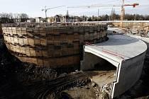 """""""Naší šancí je dokončení dvou zásadních dopravních staveb, Pražského okruhu v jeho jižní části (2010 - 2011) a Městského okruhu, respektive části známé jako tunelový komplex Blanka (2011, na snímku),"""" říká představitel AutoMatu Michal Křivohlávek."""