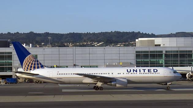Boeing 767-300 společnosti United Airlines.
