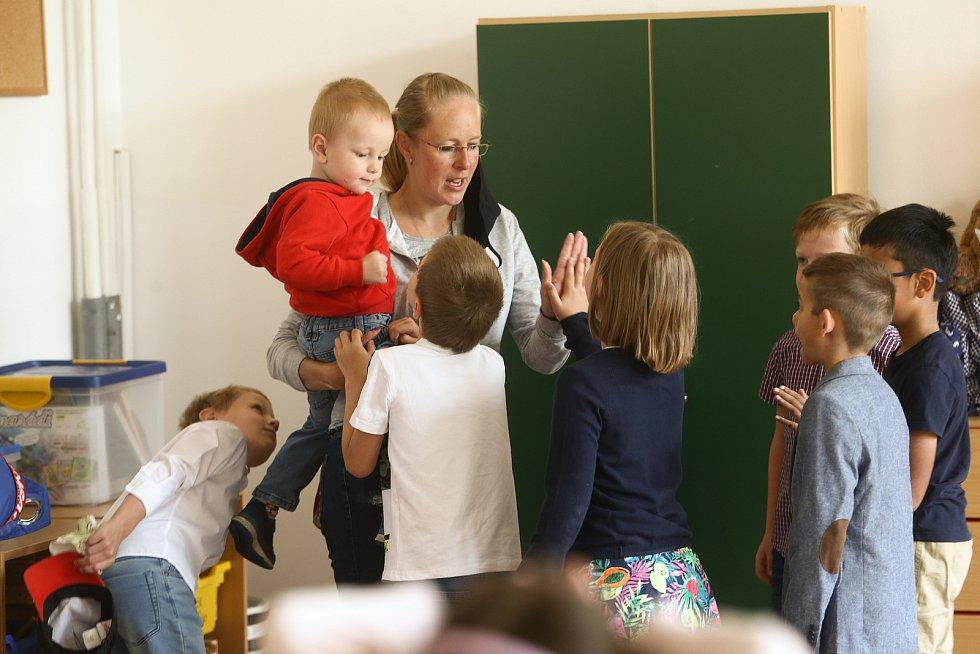 Konec školního roku 2020/2021 v 1. třídách pražské MŠ a ZŠ Radlická.
