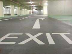 Podzemní parkoviště. Ilustrační foto.