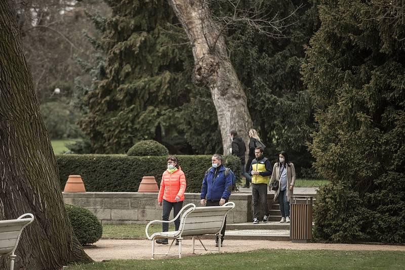 Královská zahrada na Velký pátek 2. dubna 2021.