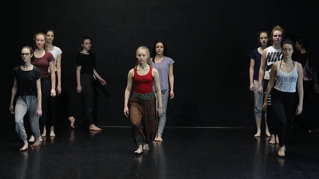 Praha očima studentů - Taneční konzervatoř Duncan Centre v Braníku.