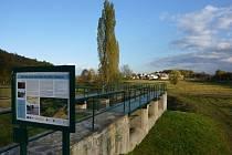 Revitalizace suchého poldru Čihadla v Praze.