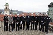 Tradiční setkání zástupců Cechu kominického řemesla s primátorem.
