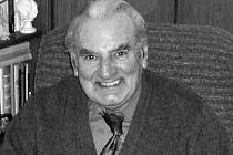 Zdeněk Mašín, nejstarší hráč slavného AFK Union Žižkov a možná i pražského fotbalu, zemřel 27. prosince 2015 ve svých 93 letech.