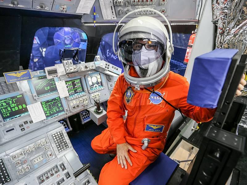V Praze je od čtvrtka 22. července možné vidět a prozkoumat světový unikát v podobě modelu přední části raketoplánu Atlantis v měřítku 1:1.