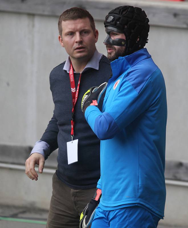 SK Slavia Praha training before the quarterfinal match with Arsenal FC  Ondrej Kolar/in  a Mask/