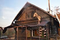 Požár části chaty.