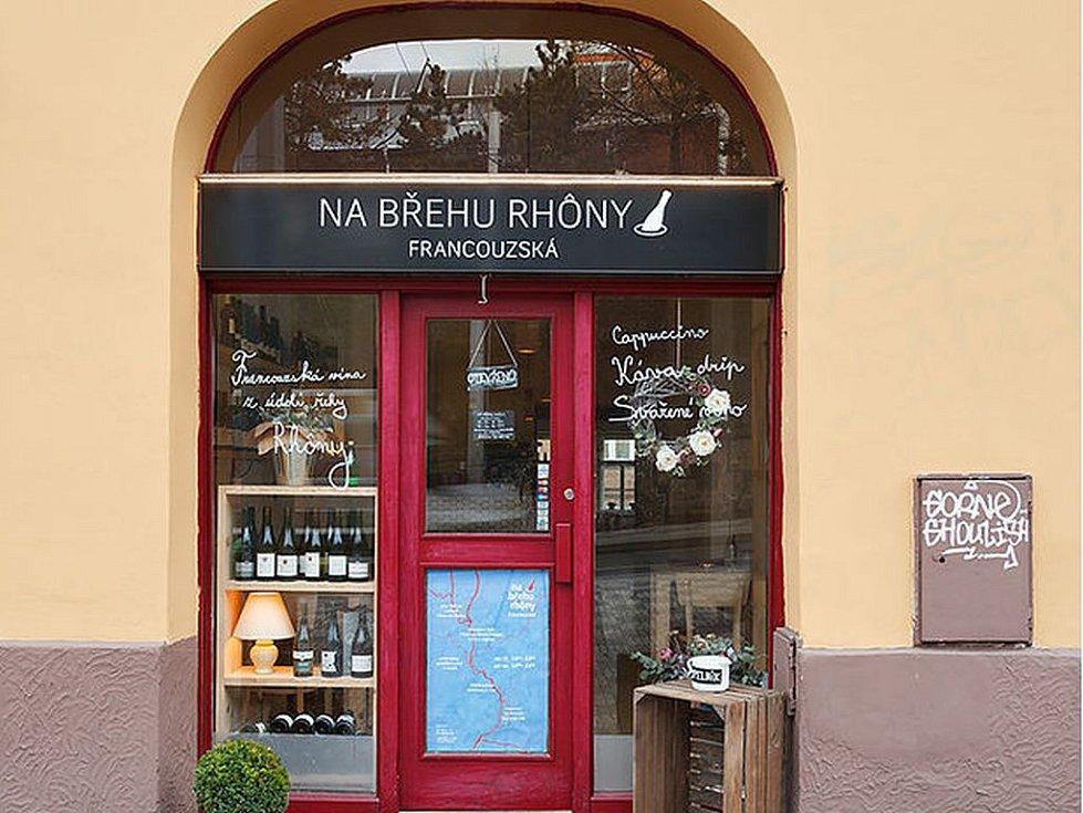 Restaurace Na břehu Rhôny.