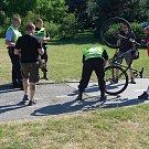 Policisté kontrolovali i cyklisty.