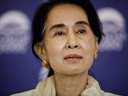 Su Ťij na tiskové konferenci v Praze; 17. září 2013