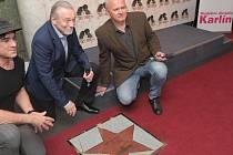 Odhalení Hvězdy Karla Gotta v Chodníku slávy Hudebního divadla Karlín