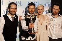Skupina Republic of two při předávání hudebních cen Anděl 2011.