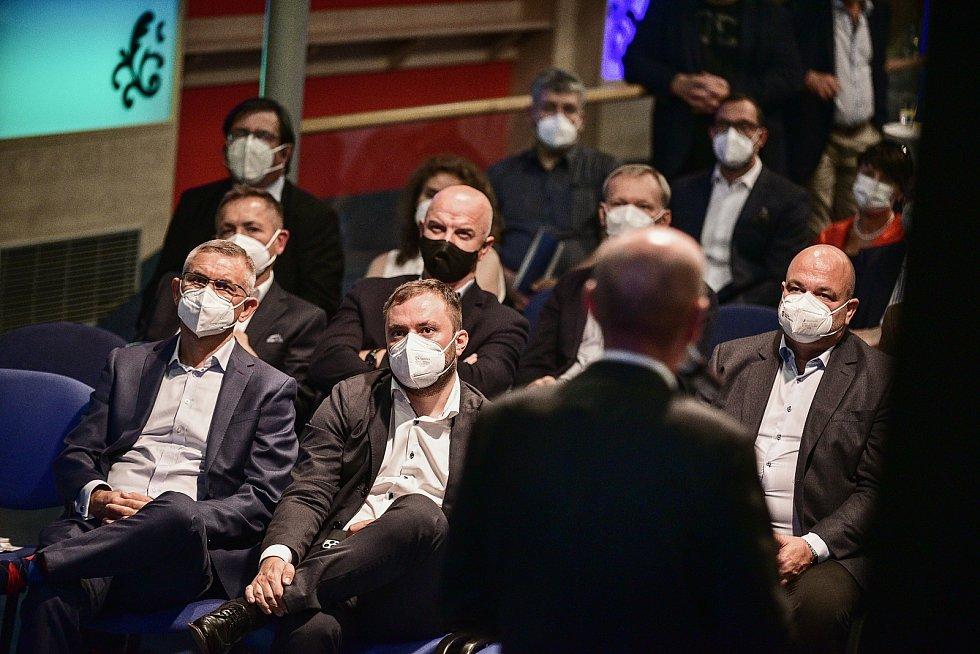 Na končící éru spalování uhlí se připravuje i městská část Praha 19 Kbely. Přechází na kombinaci plynu a fotovoltaiky.