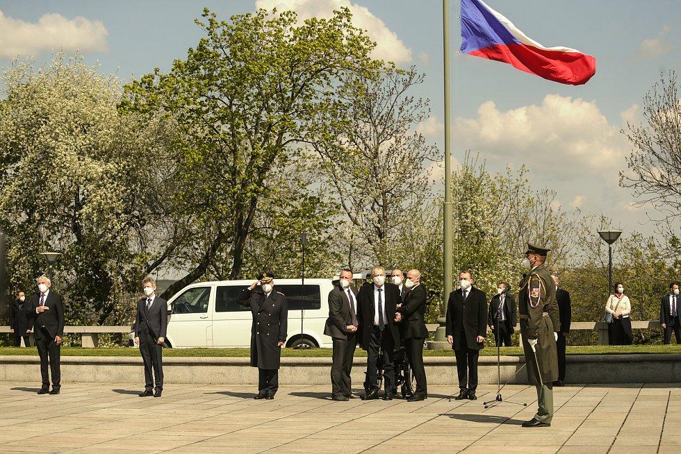 Pietní akt na Vítkově v sobotu 8. května.
