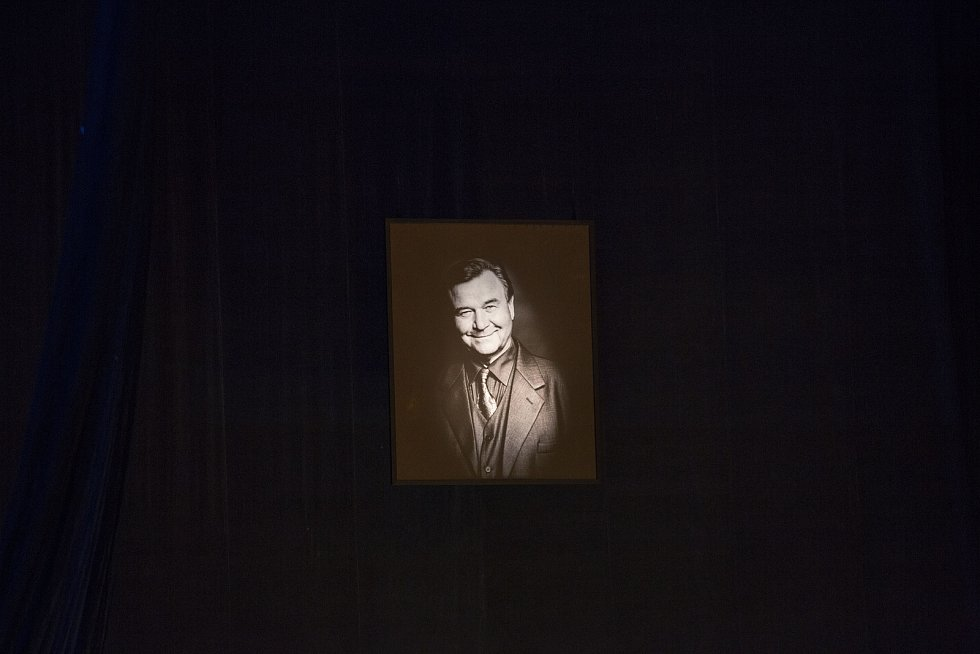 Rozloučení s Václavem Postráneckým v Národním divadle 15. května 2019