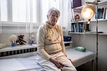 Dětská lékařka Jelena Strnadová v její pražské ordinaci.