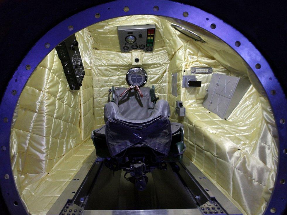 Replika přistávacího modulu kosmické lodi Vostok.