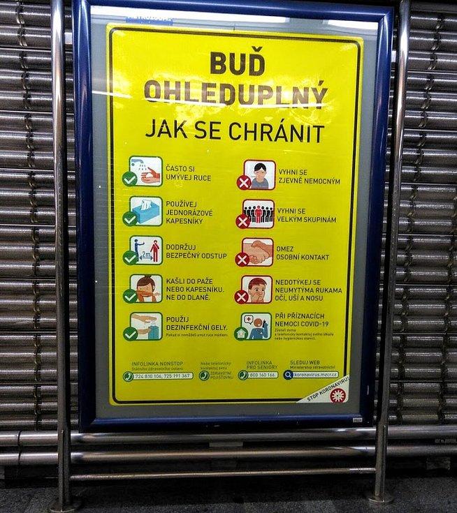Metro v době koronaviru.