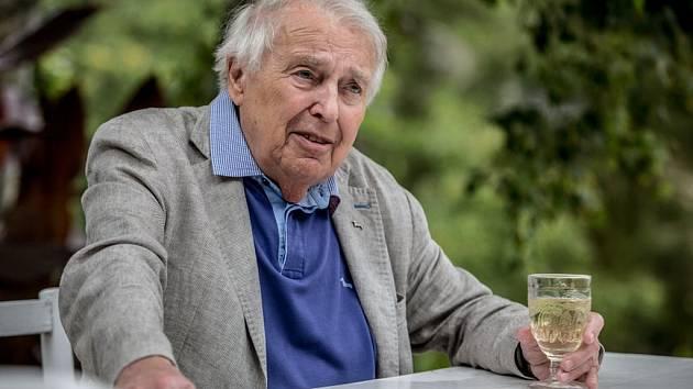 Pavel Kohout.